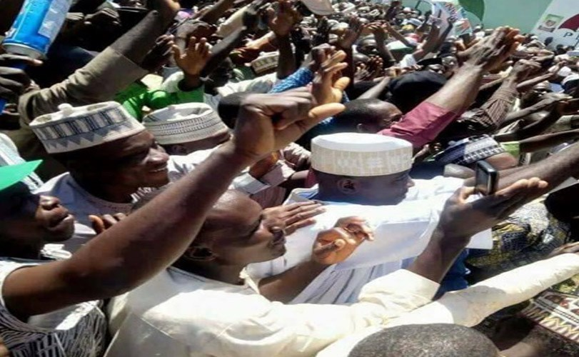 Photos: Over 10,000 APC members decamp to PDP