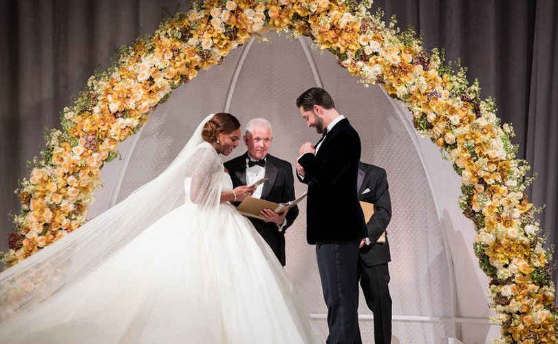 Official photos released from Serena Williams & Alexis Ohanian's white wedding