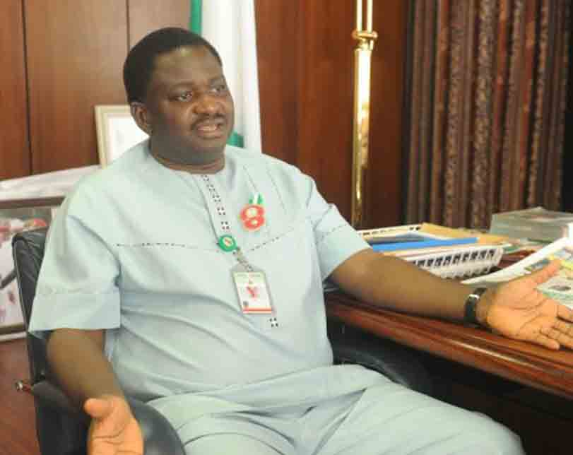 Femi Adesina says President Buhari never said all Nigerian youths are lazy, he only said a lot of Nigerian youths are lazy
