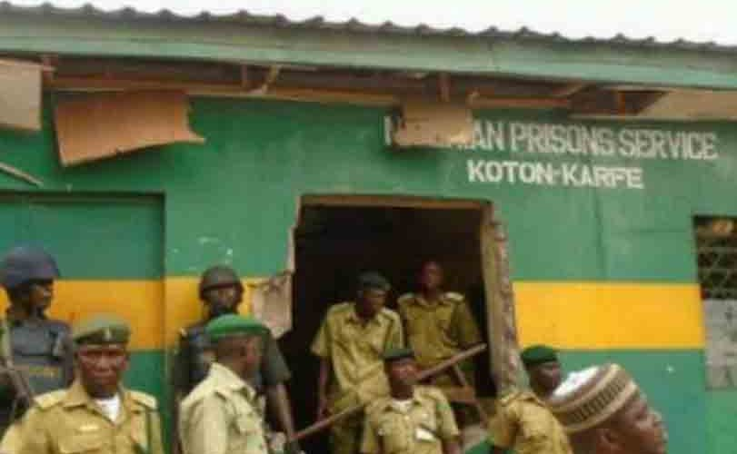 Niger State Chief Judge, Justice Maria Dzukogi frees 21 inmates at Minna new prison