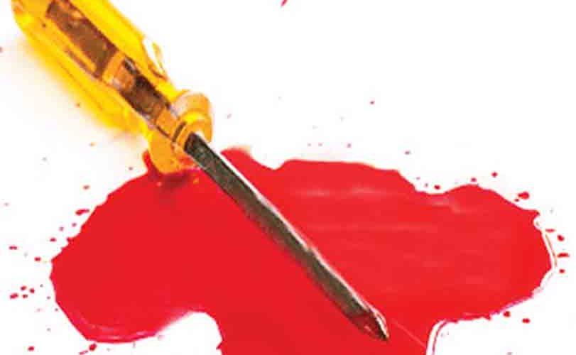 Driver slashes passenger's throat over N10