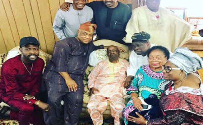 Ex President, Olusegun Obasanjo visits his late wife, Stella Obasanjo's family in Edo