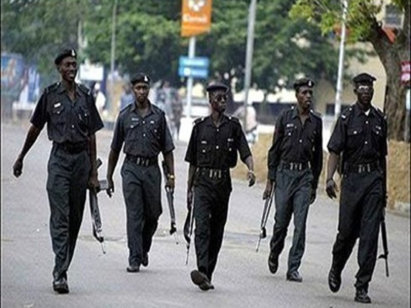 Police kill four suspected kidnappers in gun battle