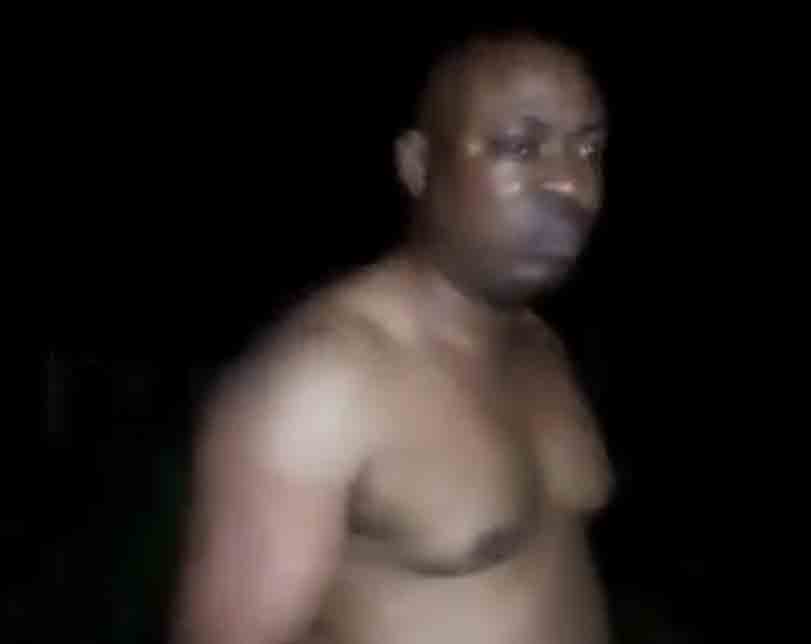 Lawmaker's naked video: Thugs beat accused in court