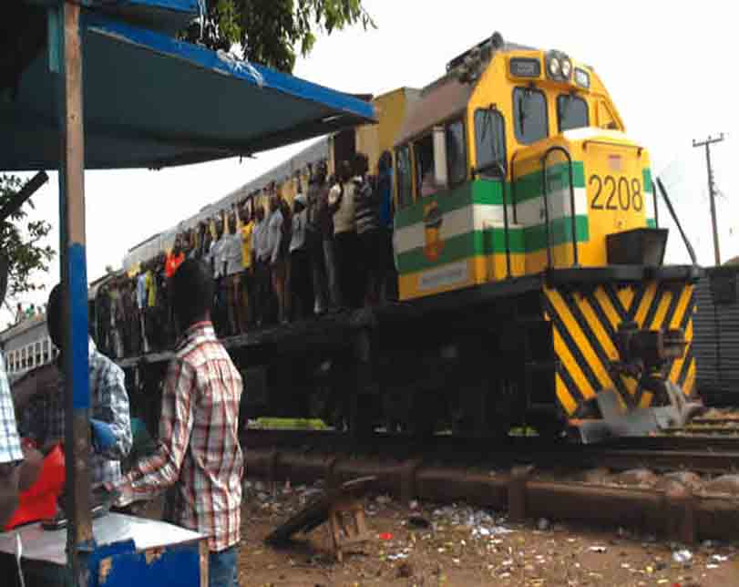 Abuja-Kaduna Bound Train Rams Into Cattle, Crushes 52 Cows To Death