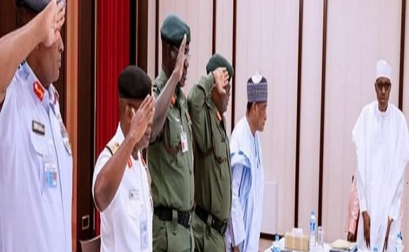 Buhari meets security chiefs, Northern govs