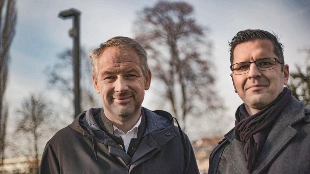 Freuen sich über die gute Zusammenarbeit: Thomas Rajakovics, Pressesprecher der Stadt Graz und Stefan Unterberger, Projektmanager Zumtobel Group