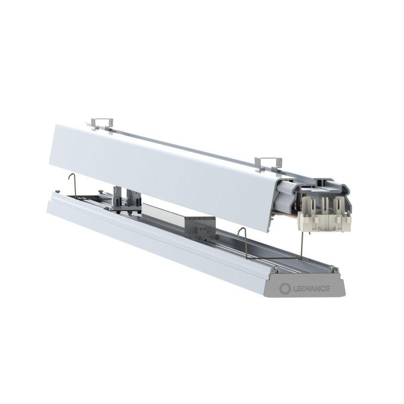 Das flexible Lichtbandsystem TruSys besteht aus Tragschienen und besonders flachen linearen Leuchten, die schnell eingeklickt werden können – als durchlaufendes oder unterbrochenes Lichtband. (Bild: Ledvance)
