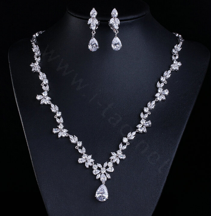 Buy Wholesale Simple Banquet Wedding Jewelry Sets Water