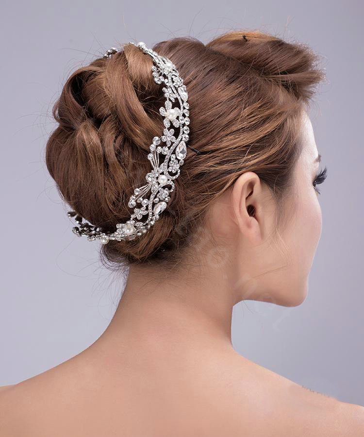 Buy Wholesale Large Round Flower Pearl Crystal Bride