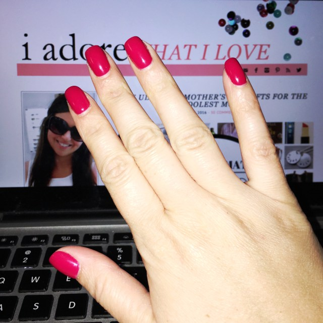 I Adore What I Love Blog // WEEKLY WINS #11 // Manicure // www.iadorewhatilove.com #iadorewhatilove