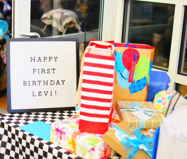 Levi's Grease-Themed FIRST Birthday Party // I Adore What I Love Blog // www.iadorewhatilove.com #iadorewhatilove