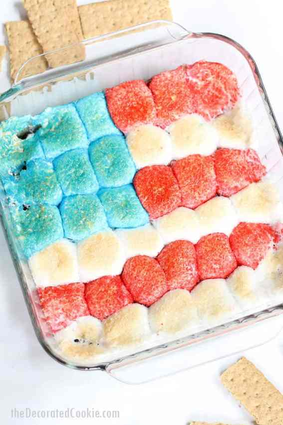 Start the tradition now of letting your kids help you in the kitchen for July 4th plans! Sharing 11 delicious & patriotic ideas to whip up for years to come!