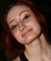 Headshot of Violet Monroe