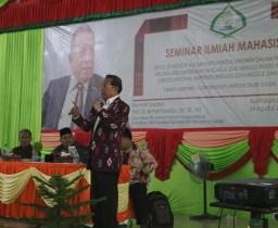 Profesor Bomer Pasaribu Paparkan Revolusi Industri 4.0 pada Seminar Ilmiah IAIN Padangsidimpuan