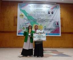 Mahasiswa IAIN Padangsidimpuan Sabet Juara 3 dan 5 Sumatran Debate Competition