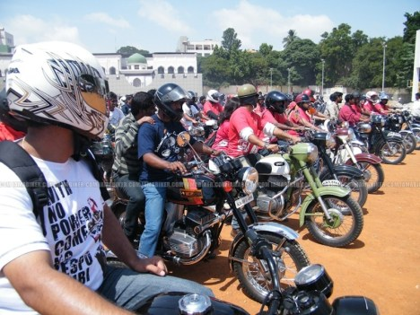 Jawa - Yezdi day Bangalore06