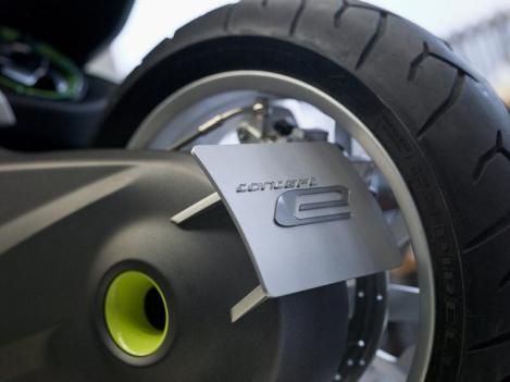 BMW concept e scooter 01
