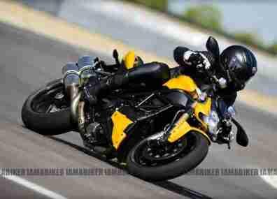 Ducati 848 Streetfighter EVO 01