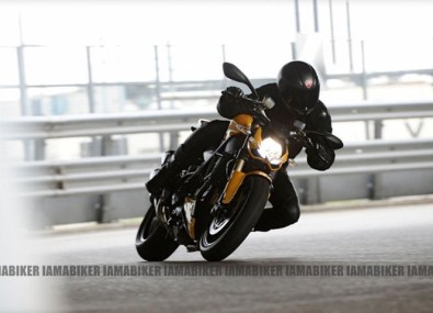 Ducati 848 Streetfighter EVO 07