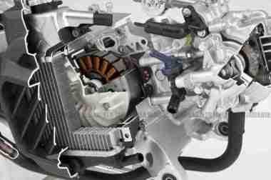 Honda Integra 700 superscooter 06