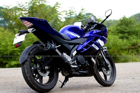 New Yamaha R15 V2.0 2011 03