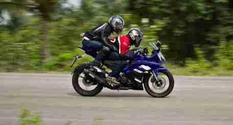 New Yamaha R15 V2.0 2011 37