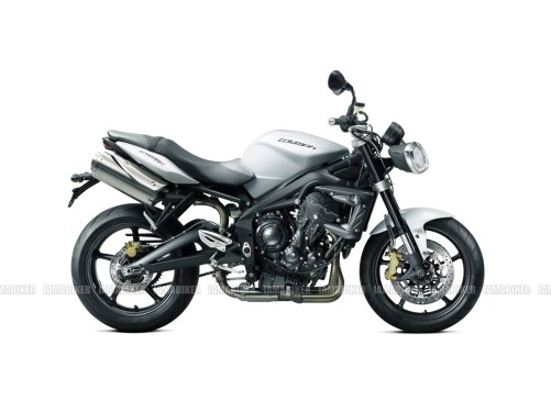 Triumph Speed triple 2012 01 IAMABIKER