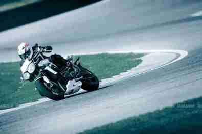 Triumph Speed triple 2012 08 IAMABIKER