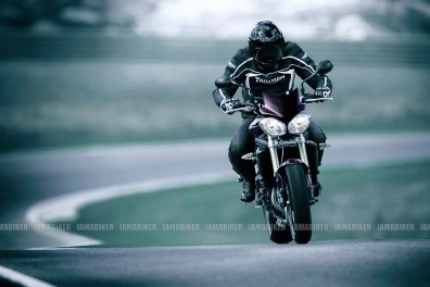 Triumph Speed triple 2012 10 IAMABIKER