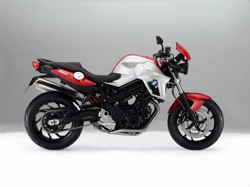BMW F800R updated for 2012 02 IAMABIKER