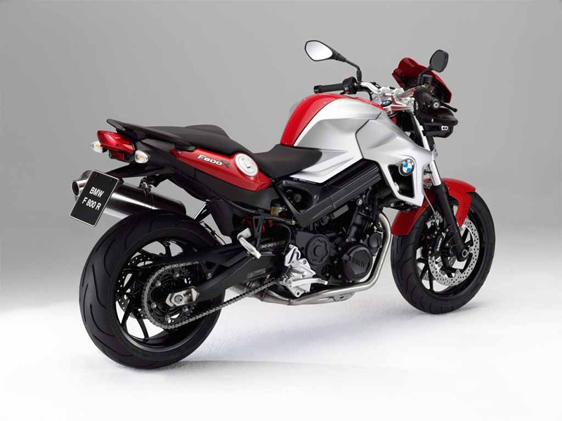 BMW F800R updated for 2012 04 IAMABIKER