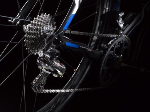 Electronic shifting system for bicycles from Campagnolo