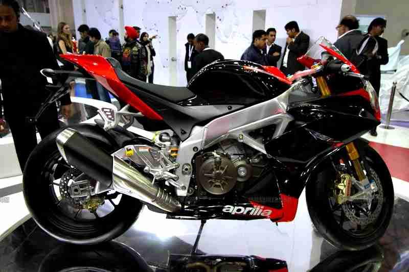 Aprilia - Piaggio Auto Expo 2012 India 02