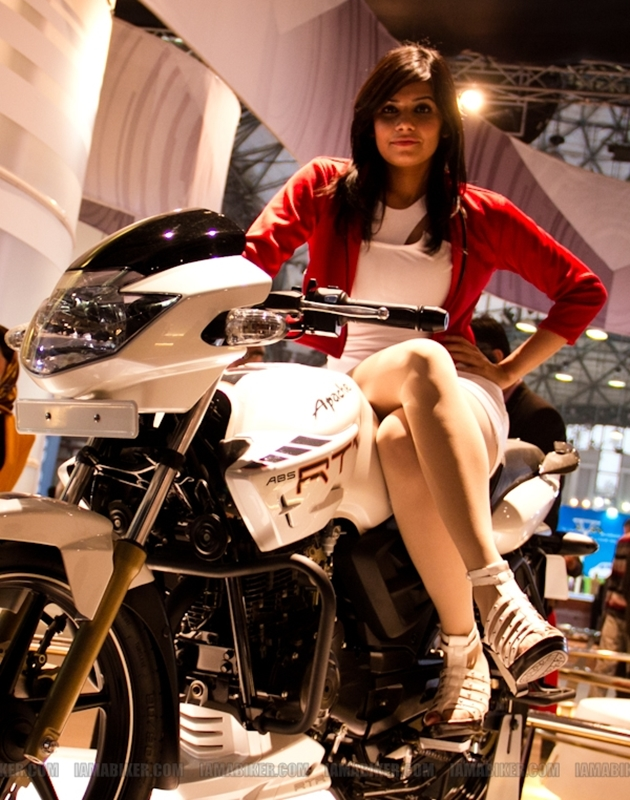 Auto Expo 2012 Eyecandy 33