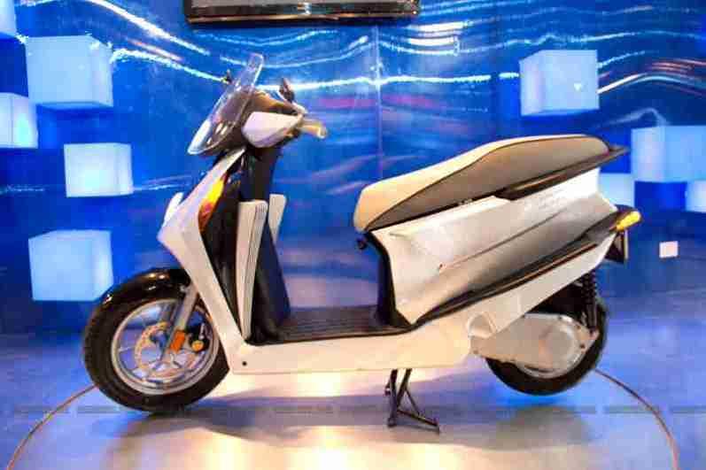 Hero Motocorp Auto Expo 2012 09