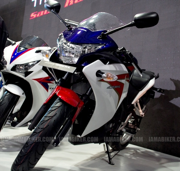 Honda CBR 250 HRC colours Auto Expo Delhi 01