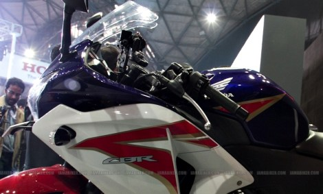 Honda CBR 250 HRC colours Auto Expo Delhi 02