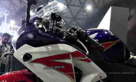 Honda CBR 250 HRC colours Auto Expo Delhi 02