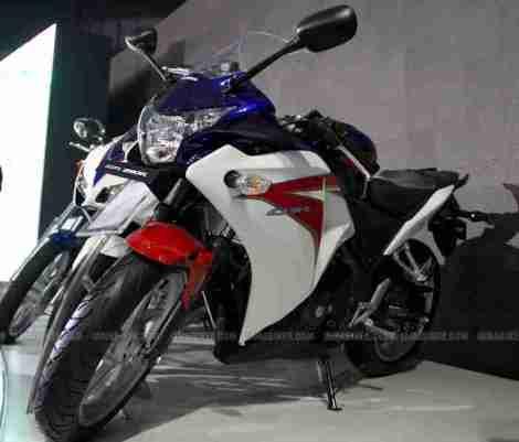 Honda CBR 250 HRC colours Auto Expo Delhi 03