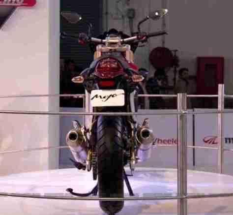 Mahindra 2 wheelers Auto Expo 2012 04