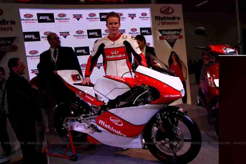 Mahindra 2 wheelers Auto Expo 2012 15