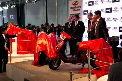 Mahindra 2 wheelers Auto Expo 2012 India 05