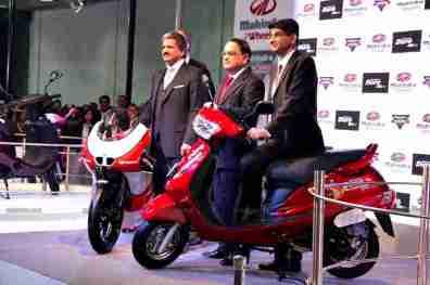 Mahindra 2 wheelers Auto Expo 2012 India 41