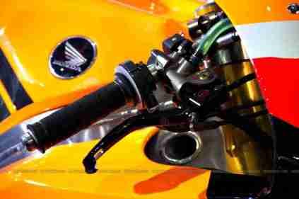 Repsol Honda RC212V Auto Expo 2012 06