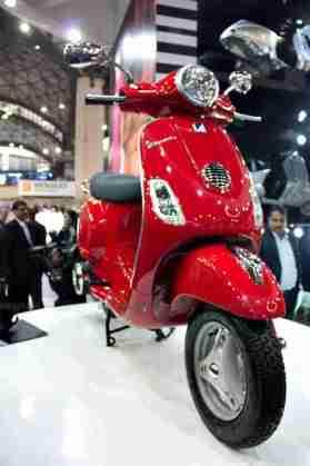 Vespa - Piaggio Auto Expo 2012 India 48