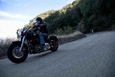 Harley Davidson Sportster Seventy-Two and Softail Slim 16