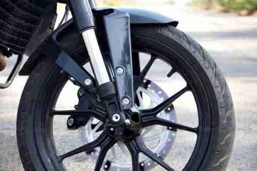 KTM Duke 200 review 14