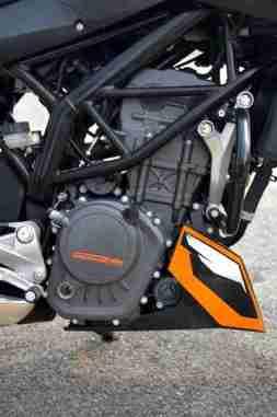 KTM Duke 200 review 23