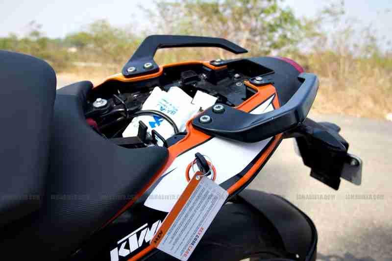 KTM Duke 200 review 27